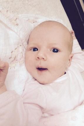 Frieda Bringe geboren am 8.8.2015 um 19.34 Uhr mit 3550g