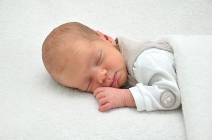 Max, geboren am 17.07.15, 3200 g, 52 cm